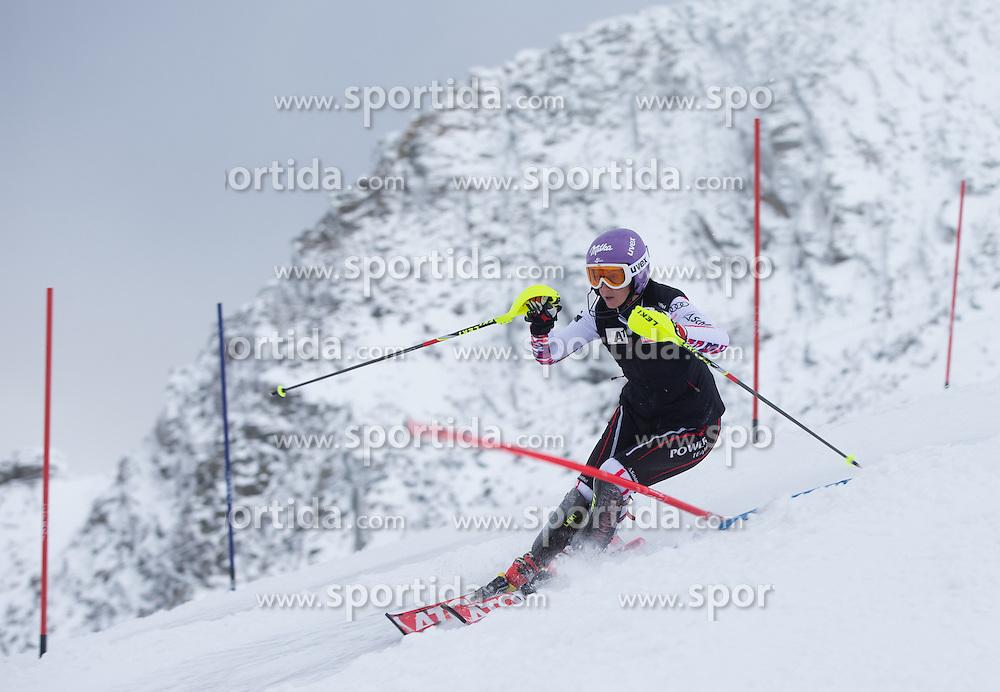 10.10.2012, Hintertuxer Gletscher, Tux, AUT, FIS Ski Alpin Weltcup, Training, im Bild Michaela Kirchgasser (AUT) // Michaela Kirchgasser of Austria during a practice session of FIS Ski Alpin World Cup at Hintertuxer Gletscher in Tux, Austria on 2012/10/10. EXPA Pictures © 2012, PhotoCredit: EXPA/ J. Groder