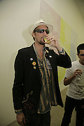 Nick Reynolds from Alabama 3, Johnnie Shand Kydd:  book launch party celebrate the publication of Crash.White Cube. Hoxton sq. London. 18 September 2006. ONE TIME USE ONLY - DO NOT ARCHIVE  © Copyright Photograph by Dafydd Jones 66 Stockwell Park Rd. London SW9 0DA Tel 020 7733 0108 www.dafjones.com