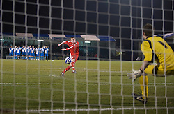 BRISTOL, ENGLAND - Thursday, January 15, 2009: Liverpool's Steven Irwin fires in a penalty past Bristol Rovers' goalkeeper Sam Burgess during the shoot-out victory during the FA Youth Cup match at the Memorial Stadium. (Mandatory credit: David Rawcliffe/Propaganda)