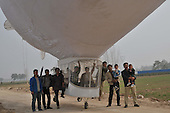Self-made Airship Tests Fly For Two Hours