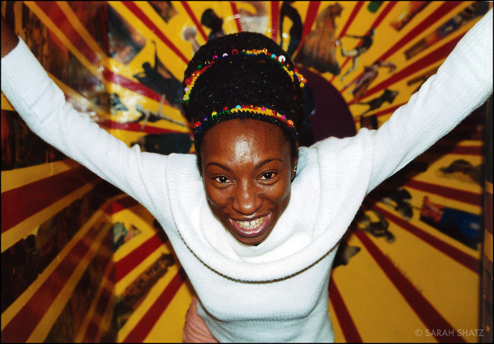 Wunmi, Afrobeat singer and dancer