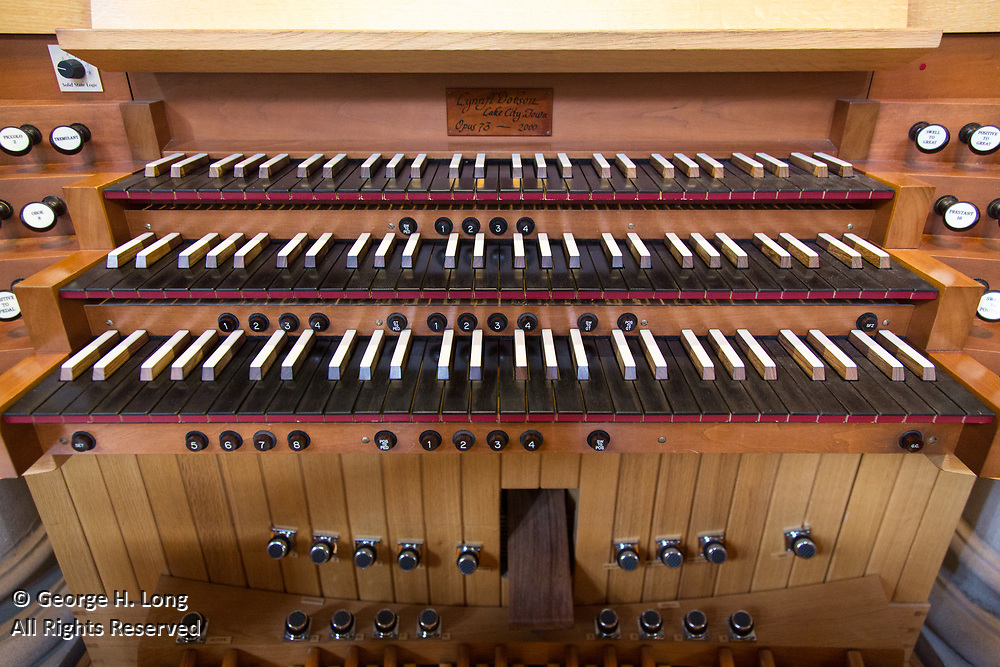 The organ at St. Joseph Abbey built by Lynn A. Dobson of Lake City, Iowa in 2000