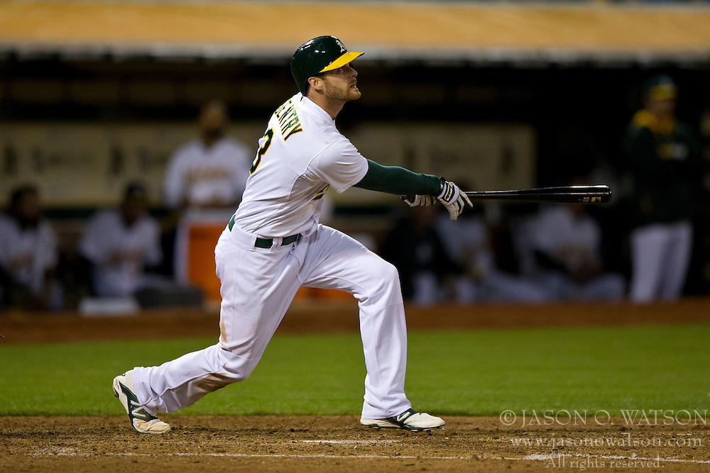OAKLAND, CA - JULY 05:  Craig Gentry #3 of the Oakland Athletics at bat against the Toronto Blue Jays during the sixth inning at O.co Coliseum on July 5, 2014 in Oakland, California. The Oakland Athletics defeated the Toronto Blue Jays 5-1.  (Photo by Jason O. Watson/Getty Images) *** Local Caption *** Craig Gentry
