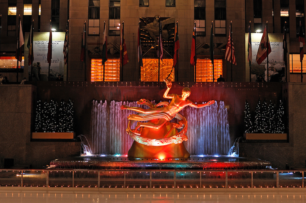 Prometheus Statue at Rockefeller Center, Midtown, Manhattan, New York, New York, USA