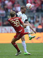 FUSSBALL   1. BUNDESLIGA  SAISON 2012/2013   3. Spieltag FC Bayern Muenchen - FSV Mainz 05     15.09.2012 Toni Kroos (li, FC Bayern Muenchen) gegen Jan Kirchhoff (1. FSV Mainz 05)