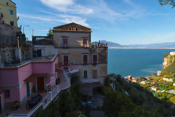 Sorrento, Italy, September 17 2017. Clifftop homes overlook the bay of Naples in Seiano, southern Italy. © Paul Davey