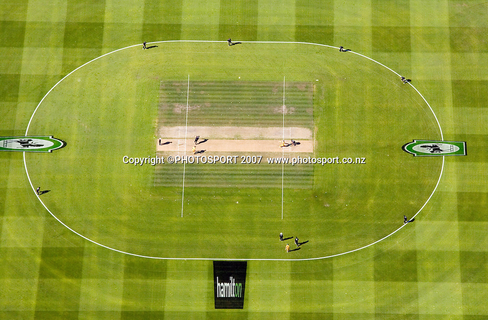 Aerial photo showing the wicket during the 3rd Chappell-Hadlee Trophy one day cricket match between New Zealand and Australia at Seddon Park, Hamilton, New Zealand on Tuesday 20 February 2007. Photo: Stephen Barker/PHOTOSPORT<br /> <br /> <br /> 200207
