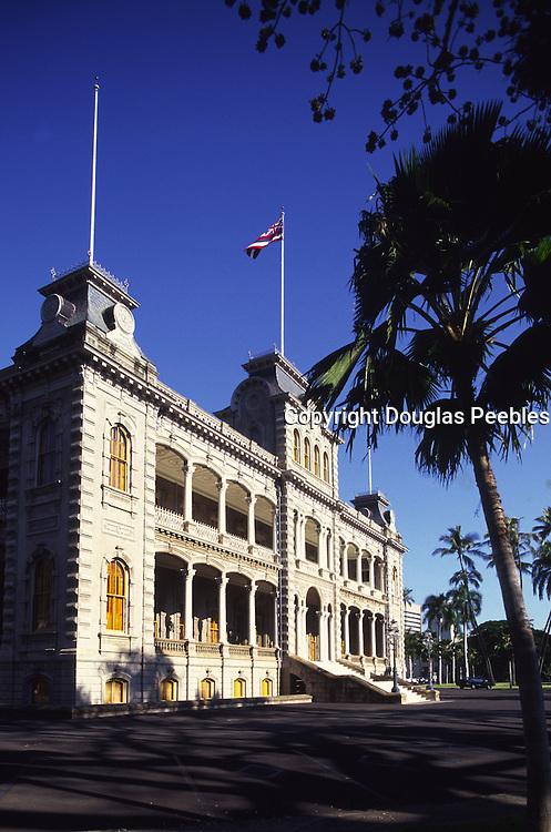 Iolani Palace, Honolulu, Oahu, Hawaii USA<br />