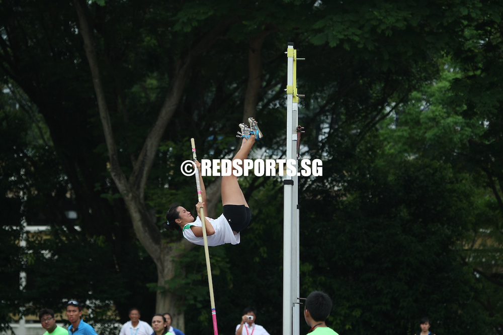 Choa Chu Kang Stadium, Monday, April 8, 2013 &mdash; Chang An Zi of Geylang Methodist School (Secondary) struck gold in the Open Division pole vault at the 54th National Schools Track and Field Championships. She topped off her win with a new personal best of 3.13 meters.<br />