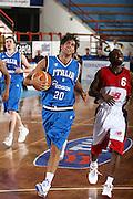 DESCRIZIONE : Porto San Giorgio Raduno Collegiale Nazionale Maschile Amichevole Italia Premier Basketball League<br /> GIOCATORE : Bruno Cerella<br /> SQUADRA : Nazionale Italia Uomini<br /> EVENTO : Raduno Collegiale Nazionale Maschile Amichevole Italia Premier Basketball League<br /> GARA : Italia Premier Basketball League<br /> DATA : 11/06/2009 <br /> CATEGORIA : palleggio curiosita<br /> SPORT : Pallacanestro <br /> AUTORE : Agenzia Ciamillo-Castoria/C.De Massis<br /> Galleria : Fip Nazionali 2009<br /> Fotonotizia :  Porto San Giorgio Raduno Collegiale Nazionale Maschile Amichevole Italia Premier Basketball League<br /> Predefinita :