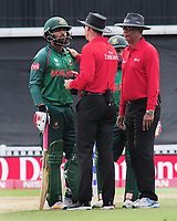 Cricket - 2017 ICC Champions Trophy - Group A: England vs. Bangladesh<br /> <br /> Tamim Iqbal of Bangladesh has words with the umpires after Ben Stokes of England exchanged words at The Kia Oval.<br /> <br /> COLORSPORT/ANDREW COWIE