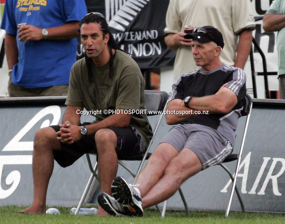 Ex New Zealand sevens representative Karl Te Nana and NZ coach Gordon Tietjens. National Rugby Sevens, Recreation Grounds, Queenstown, Saturday 12 January, 2008. Photo: Renee McKay/PHOTOSPORT