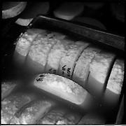 Alle packen an: Alpsommer auf Alp Eischoll ob Turtmann, Wallis, beim Käser Martin Amman und seinem Familienbetrieb. © Romano P. Riedo