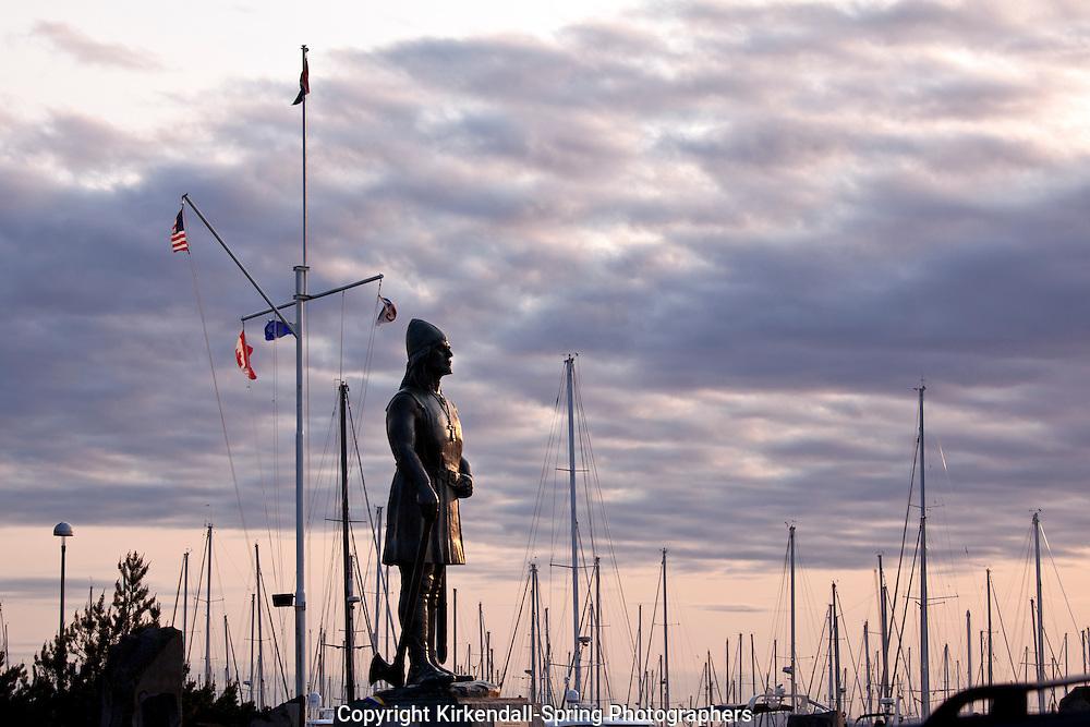 WA11353-00...WASHINGTON - Statue of Leif Erikson at Shilshole Bay Marina in Seattle.