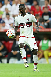 04.08.2015, Allianz Arena, Muenchen, GER, AUDI CUP, FC Bayern Muenchen vs AC Mailand, im Bild Cristian Zapata (AC Mailand #17) // during the 2015 AUDI Cup Match between FC Bayern Muenchen and AC Mailand at the Allianz Arena in Muenchen, Germany on 2015/08/04. EXPA Pictures © 2015, PhotoCredit: EXPA/ Eibner-Pressefoto/ Schüler<br /> <br /> *****ATTENTION - OUT of GER*****