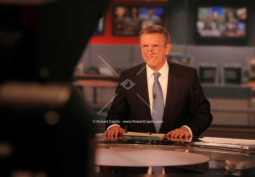 Longtime newsman Charles Gibson, a reliable substitute for ABC as it s gone through a wrenching year of change, is finally officially named to head up the evening newscast, replacing Peter Jennings.