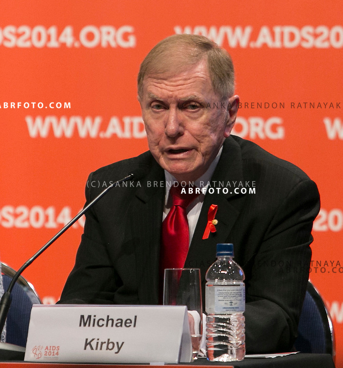 20/07/2014. Australian academic and former Justice of the High Court of Australia Michael Kirby speaks during the official opening press conference of the 20th International AIDS conference held in Melbourne Australia on July 20, 2014.  Photo credit : Asanka Brendon Ratnayake
