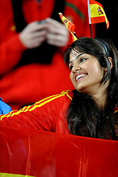 21.06.2010, Ellis Park Stadium, Johannesburg, RSA, FIFA WM 2010, Spain (ESP) vs Honduras (HND), im Bild Tifosi della Spagna, spanische Fans, Spain Supporters, Features. EXPA Pictures © 2010, PhotoCredit: EXPA/ InsideFoto/ Giorgio Perottino +++ for AUT and SLO only +++... / SPORTIDA PHOTO AGENCY