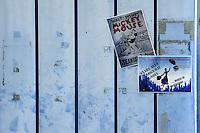 Il carnevale di Gallipoli &egrave; tra i pi&ugrave; noti della Puglia. La sua tradizione &egrave; antichissima ed &egrave; documentata, oltre che in atti e documenti settecenteschi, anche da radici folcloristiche che affondano le origini in epoca medioevale, tramandate fino ad oggi dallo spirito popolare. La prima edizione (per come la conosciamo) risale al 1941; nel 2014 sar&agrave; l&rsquo;edizione numero 73.<br /> La manifestazione carnascialesca &egrave; organizzata dall&rsquo; Associazione Fabbrica del Carnevale, nata nel febbraio 2013 con la finalit&agrave; di&nbsp;organizzare, promuovere e riportare in auge il Carnevale della Citt&agrave;&nbsp;di Gallipoli. L&rsquo;Associazione raccoglie al suo interno i maestri cartapestai Gallipolini e tanti giovani artisti, che vogliono valorizzare il Carnevale della citt&agrave; bella. Presidente dell&rsquo;Associazione &egrave; Stefano Coppola.<br /> La manifestazione ha inizio il 17 gennaio, giorno di sant'Antonio Abate (te lu focu = del fuoco), con la Grande Festa del Fuoco, quando si accende con la tradizionale focara, un grande fal&ograve; di rami d'ulivo. L'ultima domenica di carnevale e il marted&igrave; grasso lungo corso Roma, nel centro cittadino, si svolge la sfilata dei carri allegorici in cartapesta e dei gruppi mascherati corso Roma davanti a migliaia di spettatori provenienti da tutta la provincia di Lecce e da citt&agrave; pugliesi. Il tema dell&rsquo;edizione di quest&rsquo;anno &egrave; un omaggio a Walter Elias Disney.<br /> <br /> The Carnival of Gallipoli is among the best known of Puglia. Its tradition is very old and is documented , as well as records and documents in the eighteenth century , as well as folkloric roots that sink their roots in medieval times , handed down today by the popular spirit . The first edition dates back to 1941 and in 2014 will be the edition number 73 .<br /> The carnival is organized by the Association of Carnival Factory , founded in February 2013 with the objective to 