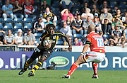 Wycombe, GREAT BRITAIN,  Wasps Paul SACKEY, looking for an opening during the Guinness Premiership match,  London Wasps vs Worcester Warriors at Adam's Park Stadium, Bucks on Sun 14.09.2008. [Photo, Peter Spurrier/Intersport-images]