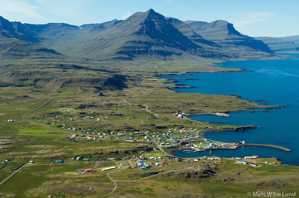 Djúpivogur séð til vesturs, Búlandshreppur / Djupivogur viewing west, Bulandshreppur.