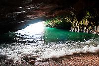 Polignano, Grotta delle Rondinelle