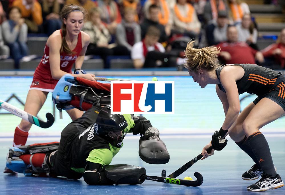 BERLIN - Indoor Hockey World Cup<br /> Women: Netherlands - United States<br /> foto: CARLINO Samantha.<br /> WORLDSPORTPICS COPYRIGHT FRANK UIJLENBROEK