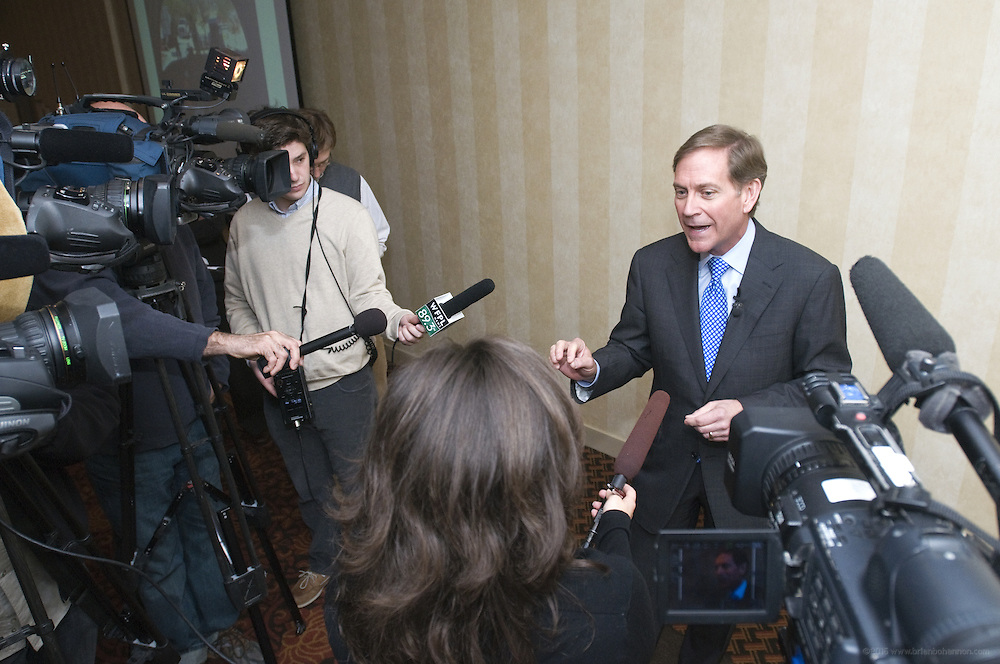 The third meeting of the Finance and Construction Committee of the Louisville and Southern Indiana Bridges Authority Wednesday, March 30, 2011 at the Sheraton Louisville Riverside Hotel in Jeffersonville, Ind. (Metro Messenger Photo/Brian Bohannon)