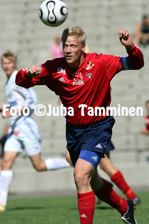15.07.2006, Pallokentt?, Helsinki, Finland..Ykk?nen 2006 .Atlantis FC v IFK Vasa.Vesa Kosonen - Atlantis.©Juha Tamminen.....ARK:k
