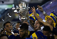 Boca Juniors' footballers celebrate at the end of their Argentina First Division Superliga football match against Gimnasia and become champion of the tournament, at Juan Carmelo Zerillo stadium, in La Plata, on May 9, 2018.  (ALEJANDRO PAGNI / PHOTOXPHOTO)