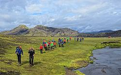 09-07-2014 ISL: Iceland Diabetes Challenge Dag 5, Emstrur<br /> Van Alftavatn naar Emstrur / De gidsen Wim in 't Veld en Sandra Ciere-Koolhaas krijgen nog instructie van Edwin Zanen