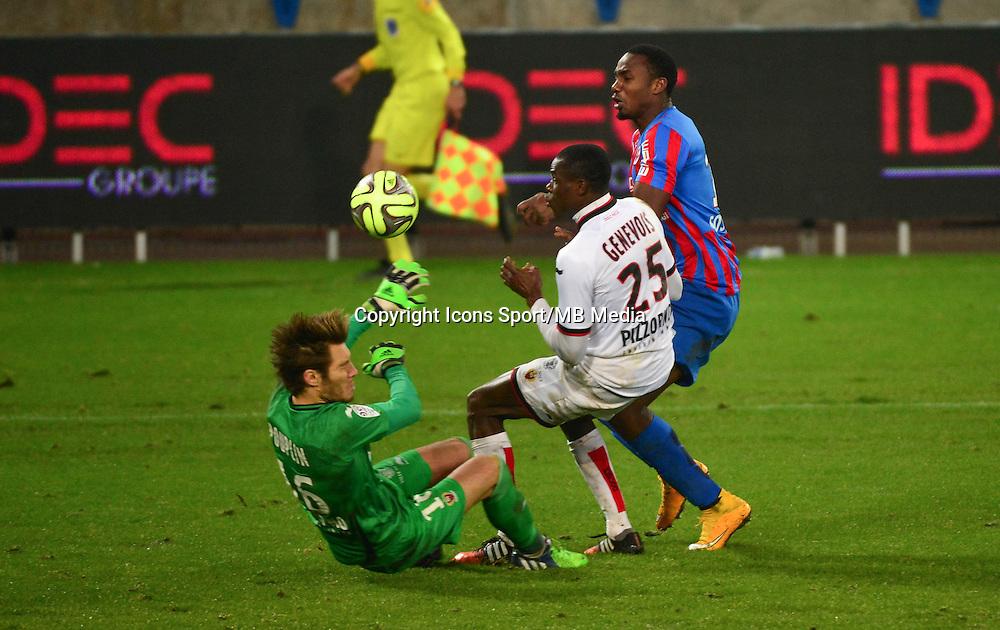 Bangaly Fode KOITA / Romain GENEVOIS / Simon POUPLIN - 05.12.2014 - Caen / Nice - 17eme journee de Ligue 1 -<br />Photo : Dave Winter / Icon Sport