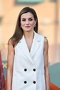 052417 Queen Letizia Attend Final contest of scientific monologues 'FameLab Spain 2017'