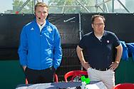 Eindhoven - Oranje Rood - Kampong  Heren, Hoofdklasse Hockey Heren, Seizoen 2017-2018, 05-05-2018, Halve Finale Playoffs, Oranje Rood - Kampong 1-1, Kampong wns, Daniel Veerman en Cees Sluyk<br /> <br /> (c) Willem Vernes Fotografie