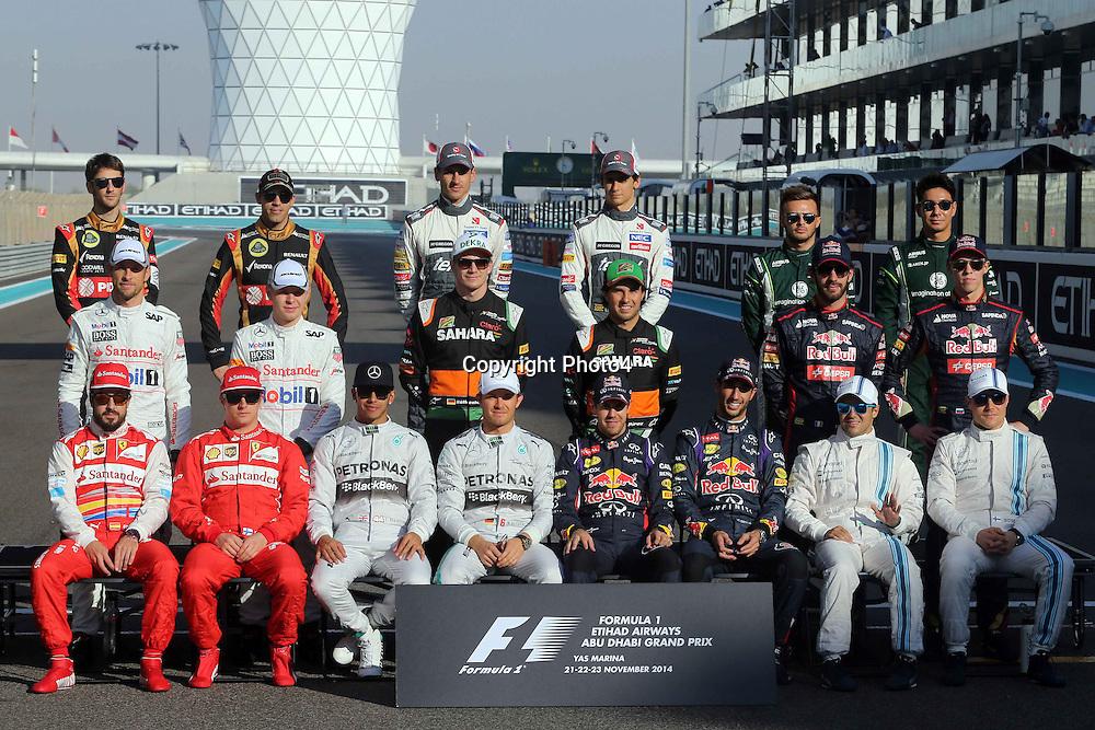 &copy; Photo4 / LaPresse<br /> 23/11/2014 Abu Dhabi, UAE<br /> Sport <br /> Grand Prix Formula One Abu Dhabi 2014<br /> In the pic: end of season drivers family pics