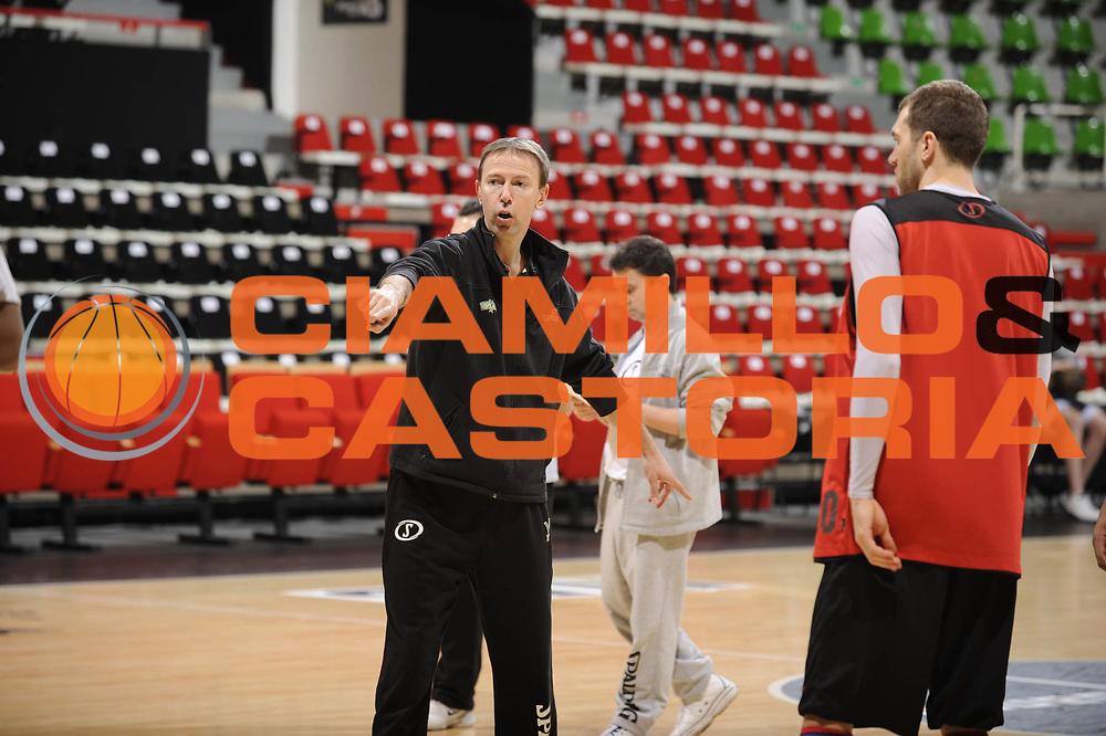 DESCRIZIONE : Ligue France Pro A Semaine des As Reportage Villeurbanne <br /> GIOCATORE : Collet Vincent<br /> SQUADRA : Villeurbanne<br /> EVENTO : France Ligue  Pro A 2009-2010<br /> GARA : <br /> DATA : 21/02/2010<br /> CATEGORIA : Basketball Pro A Reportage Entrainement Villeurbanne<br /> SPORT : Basketball<br /> AUTORE : JF Molliere par Agenzia Ciamillo-Castoria <br /> Galleria : France Ligue Pro A 2009-2010 Reportage<br /> Fotonotizia :  Ligue France Pro A 2009-10  Semaine des AS Villeurbanne 21/02/2010<br /> Predefinita :