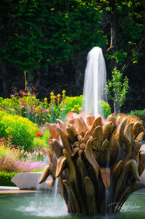 Fountain and flower garden, Chateau de Villandry, Villandry, Loire Valley, France