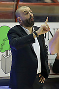 DESCRIZIONE : Campionato 2014/15 Giorgio Tesi Group Pistoia - Dolomiti Energia Trento<br /> GIOCATORE : Buscaglia Maurizio<br /> CATEGORIA : Allenatore Coach Mani<br /> SQUADRA : Dolomiti Energia Trento<br /> EVENTO : LegaBasket Serie A Beko 2014/2015<br /> GARA : Giorgio Tesi Group Pistoia - Dolomiti Energia Trento<br /> DATA : 18/03/2015<br /> SPORT : Pallacanestro <br /> AUTORE : Agenzia Ciamillo-Castoria/S.D'Errico<br /> Galleria : LegaBasket Serie A Beko 2014/2015<br /> Fotonotizia : Campionato 2014/15 Giorgio Tesi Group Pistoia - Dolomiti Energia Trento<br /> Predefinita :