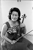 1962 - Geraldine O'Grady, violinist with R.E. (Radio Eireann)