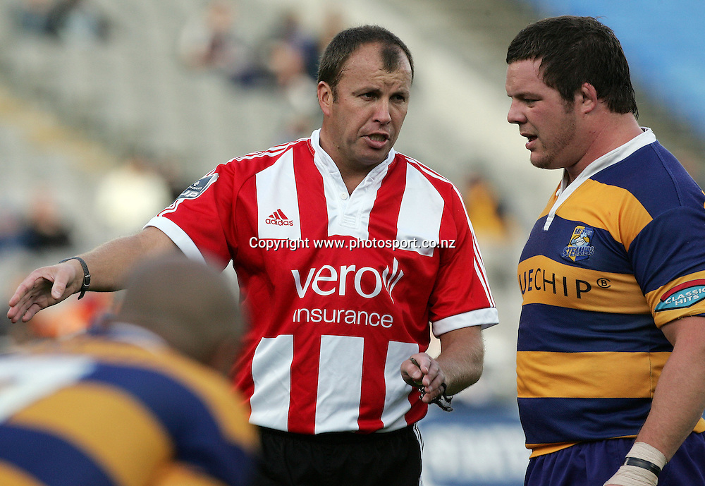 Referee Lyndon Bray talks to Ben Castle during the Air NZ Cup rugby match between Auckland and Bay of Plenty at Eden Park, Auckland, New Zealand on 7 October, 2006. Auckland won the match 47 - 14. Photo: Hannah Johnston/PHOTOSPORT<br /><br /><br /><br /><br />071006