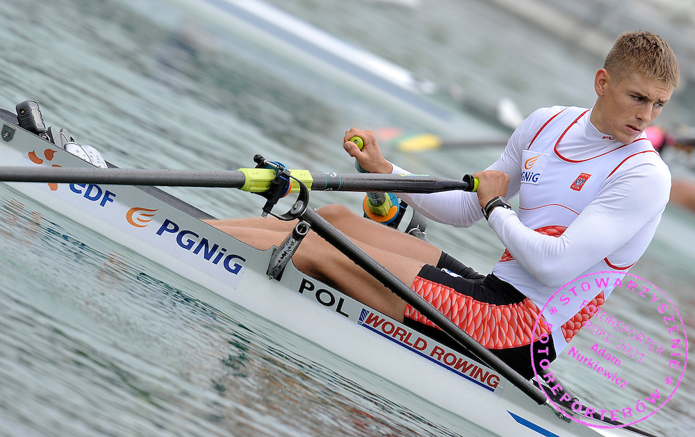 PIOTR LICZNERSKI (POLAND) BEFORE MEN'S SINGLE SCULLS DURING REGATTA ROWING WORLD CUP IN MUNICH, GERMANY...GERMANY , MUNICH , JUNE 18, 2010..( PHOTO BY ADAM NURKIEWICZ / MEDIASPORT )..PICTURE ALSO AVAIBLE IN RAW OR TIFF FORMAT ON SPECIAL REQUEST.
