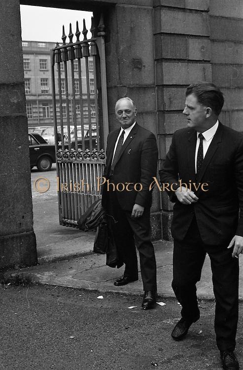 22/9/1970<br /> 9/22/1970<br /> 22 September 1970<br /> <br /> Mr . Louis Dockery Assistant State Solicitor and Mr J. Kelly Senior Legal Clerk