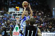 DESCRIZIONE : Sassari Lega A 2012-13 Dinamo Sassari Virtus Bologna<br /> GIOCATORE : Travis Diener<br /> CATEGORIA : Tiro<br /> SQUADRA : Dinamo Sassari<br /> EVENTO : Campionato Lega A 2012-2013 <br /> GARA : Dinamo Sassari Virtus Bologna<br /> DATA : 30/12/2012<br /> SPORT : Pallacanestro <br /> AUTORE : Agenzia Ciamillo-Castoria/M.Turrini<br /> Galleria : Lega Basket A 2012-2013  <br /> Fotonotizia : Sassari Lega A 2012-13 Dinamo Sassari Virtus Bologna<br /> Predefinita :