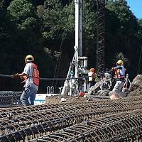 Ocoyoacac, México.- Aspectos de los trabajos de la obra en el que se construirá  el segundo piso de la Autopistas México Toluca, a la altura de la Marqueza. Agencia MVT / Arturo Hernández.