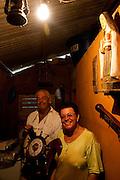 Varginha_MG, Brasil...Eletrificacao rural em Varginha no projeto Luz para Todos...The rural electrification in Varginha, in the Luz para Todos project...Foto: LEO DRUMOND / NITRO
