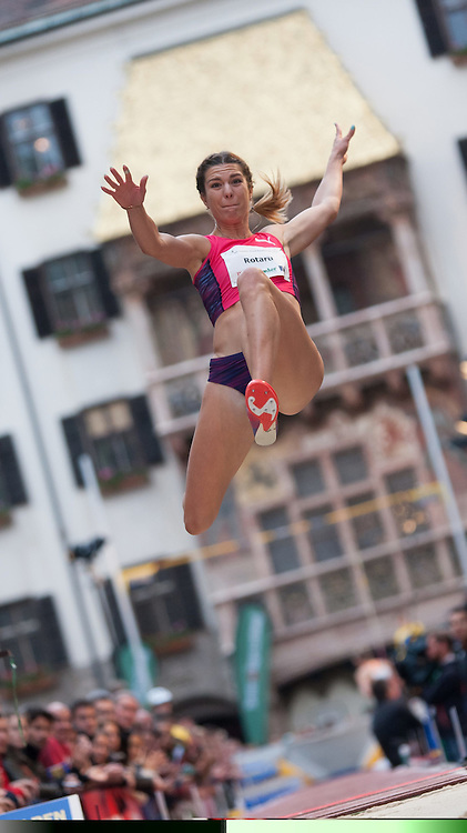 30.05.2015, Altstadt, Innsbruck, AUT, Golden Roof Challenge, Weitsprung Frauen, im Bild Alinia Rotaru (ROM) // Alinia Rotaru of Romania in action during Women´s long jump at Golden Roof Challenge in Innsbruck, Austria on 2015/05/30. EXPA Pictures © 2015, PhotoCredit: EXPA/ Jakob Gruber