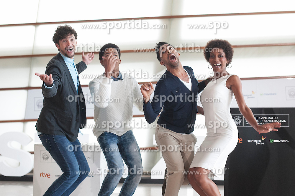 23.09.2015, Madrid, San Sebastian, ESP, San Sebastian International Film Festival, im Bild (L-R) Actors Hector Medina, Maykol David Tortolo, Jazz Vila and Yordanka Ariosa pose during `El rey de la Habana&acute; film presentation // during the San Sebastian International Film Festival in Madrid in San Sebastian, Spain on 2015/09/23. EXPA Pictures &copy; 2015, PhotoCredit: EXPA/ Alterphotos/ Victor Blanco<br /> <br /> *****ATTENTION - OUT of ESP, SUI*****