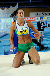 06-02-2010 ATLETIEK: NK INDOOR: APELDOORN<br /> Remona Fransen Nederlands kampioen hoogspringen <br /> ©2010-WWW.FOTOHOOGENDOORN.NL