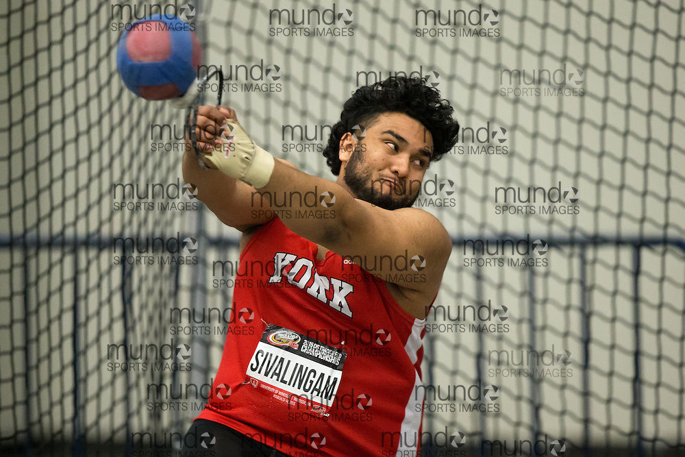 Windsor, Ontario ---2015-03-13--- Anojan Sivalingam of York competes in the weight throw at the 2015 CIS Track and Field Championships in Windsor, Ontario, March 13, 2015.<br /> GEOFF ROBINS/ Mundo Sport Images