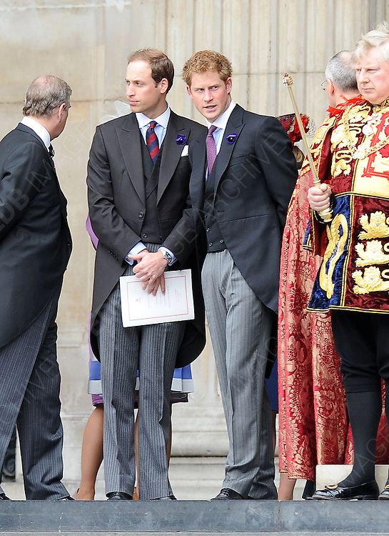 05.JUNE.2012. LONDON<br /> <br /> PRINCE WILLIAM AND PRINCE HARRY LEAVING THE SERVICE OF THANKSGIVING AS PART OF THE QUEEN'S DIAMOND JUBILEE CELEBRATIONS AT ST PAUL'S CATHEDRAL IN LONDON<br /> <br /> BYLINE: EDBIMAGEARCHIVE.CO.UK<br /> <br /> *THIS IMAGE IS STRICTLY FOR UK NEWSPAPERS AND MAGAZINES ONLY*<br /> *FOR WORLD WIDE SALES AND WEB USE PLEASE CONTACT EDBIMAGEARCHIVE - 0208 954 5968*